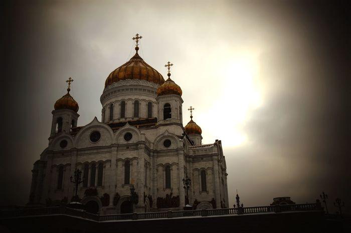 Light Moskau Москва ХрамХристаСпасителя Church Religion Spirituality Architecture Place Of Worship Sky Built Structure Dome