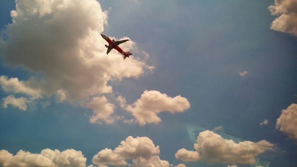 Airport Plane Bangkok Clouds And Sky EyeEm Thailand Flying Aviationphotography