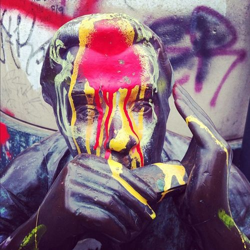 Face Berlin Graffiti Urban Art Paint Germany Statue Color Kreuzberg UrbanART Monument 10likes Berlinphotos