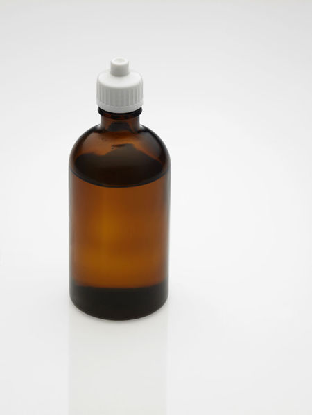 massage oil bottle.Isolated white background. Aromatherapy Cooking Medicine Nature Relaxing Therapy Wellness Bottle Container Essential Oils Health Care Healthy Indoors  Ingredient Lifestyles Massage Massage Oil No People Oil Relaxation Spa Studio Shot Treatment Wellbeing White Background