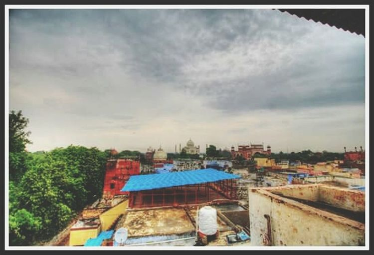 The Taj View India UttarPradesh Agra Tajmahal SevenWonders Historical History Rulers Mughals Shahjahan Noorjahan Wife Love Memorial