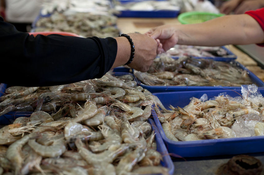 Transaction Freshness Market Seafood Buying Market Stall Schrimp Selling Transaction