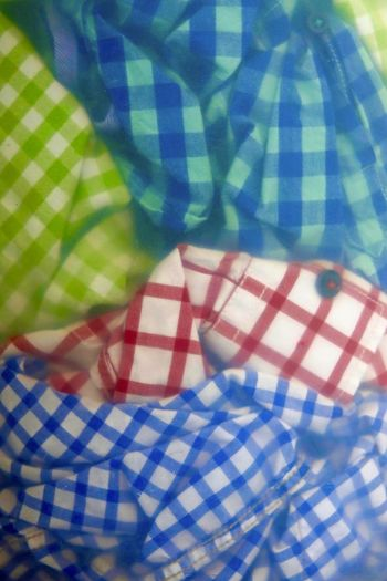 Wäsche,Germany Bed Button Down Shirt Casual Clothing Close-up Day Haushalt Indoors  Leisure Activity Lifestyles Midsection Pattern Plaid Shirt  Real People Relaxation Textile Wäsche