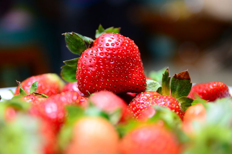 Berry Berry Fruit Food Fruit Healthy Eating Juicy Organic Red Selective Focus Strawberry