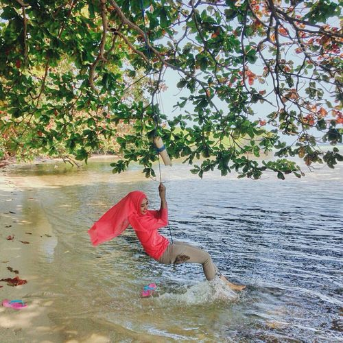 Being happy it so easy, beach.... 🌊🌊🍃 MyTripMyAdventure Holiday Hijabtravellers Pulaubiawak Hidden Beach Island Exploreindramayu Visitindramayu Jawabarat Indonesiabagus