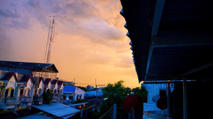 Peachsky Sky Cloud - Sky No People Silhouette Architecture City Urban Skyline Day