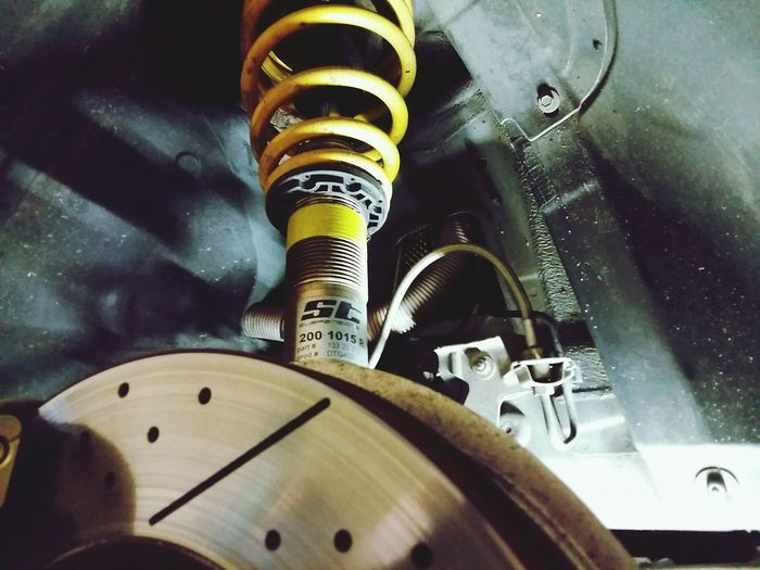 St suspension sur BMW First Eyeem Photo