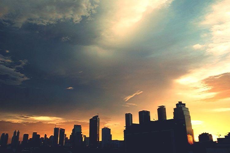 Sunset, Cloudy