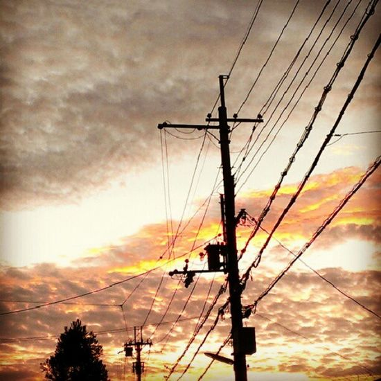 #magichour #sunset #sky #cloud #electricline #Kyoto #Japan Sunset Sky Kyoto Cloud Japan Magichour Electricline