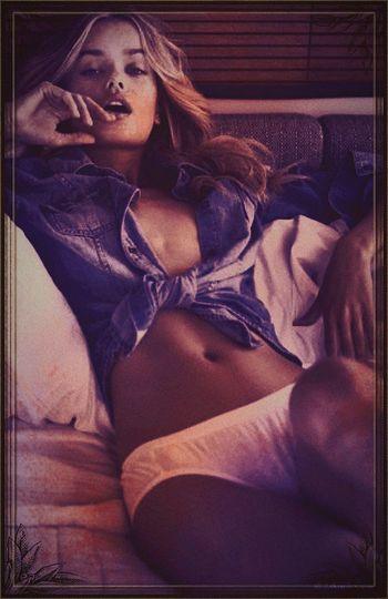 Chill: Fashionmodel  Photoshopped Cutie Sexystomach Hottiewithabody Sexygirl EyeEm Best Edits EyeEmBestPics EyeEmbestshots Graphic Design Originaldesign #bestofeyeem #gettygallery #graphicart #mesmerizing #grunge girl #grunge style #grunge #bikinibod #eyeemart #eyeembestart #beautifulblonde #intoxicating #orgasmic #supersexygirl #avant-garde #avantguarde #cameraobscura #photoart #picart #bikinibody