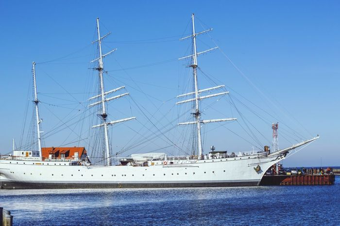 the gorch fock Gorch Fock Hafen Stralsund  Industrie Hafencity Industry Photography Photooftheday Ship Great View White Water Waterfront Pier Nautical Vessel Blue Water Outdoors Harbor Sky No People Sea Clear Sky Sailing Ship Nature