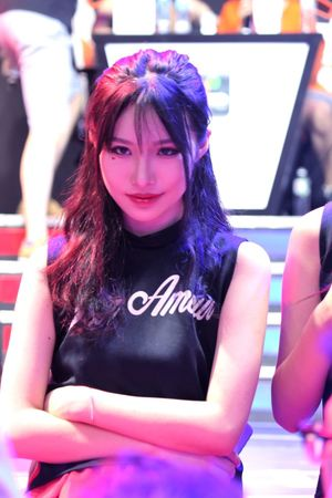 二次元美女,今年CJ没有让人失望。 Chinajoy Showgirl 上海 Beautiful Day
