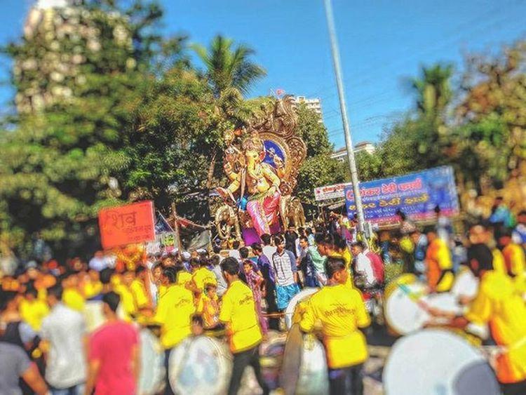 Maghi Ganeshutsav ki Hardik Subeshcha Ganpati Bappa morya || Bappa Photography || @mumbai_explorer @mumbai_uncensored @so.mumbai @mumbai_ganesha @mumbaibizarre @mum_ganpati @mumbaiganeshchaturthi @things2doinmumbai @itz_mumbai @my.mumbai @ganeshotsav2015 @raja_mumbaicha @ganraj1959 @malad_cha_morreshwar @shreee_ganesha @lower_parelcha_ladka @lowerparelchikulswamini @lower_parelcha_ladka @lowerparelchaladka @lower_parelcha_raja Indianphotographersclub Mobilephotography PhonePhotography Indian Indianphoto CameraMan Phonephoto Mobilecameraclub Mobile_perfection Mobilecamera Samsunggalaxygrand2 Hindu Religion IndianFestivals Mumbaikar Kandiwali Maharshtra Maharashtra_ig Insta_maharashtra Maharashtratourism India
