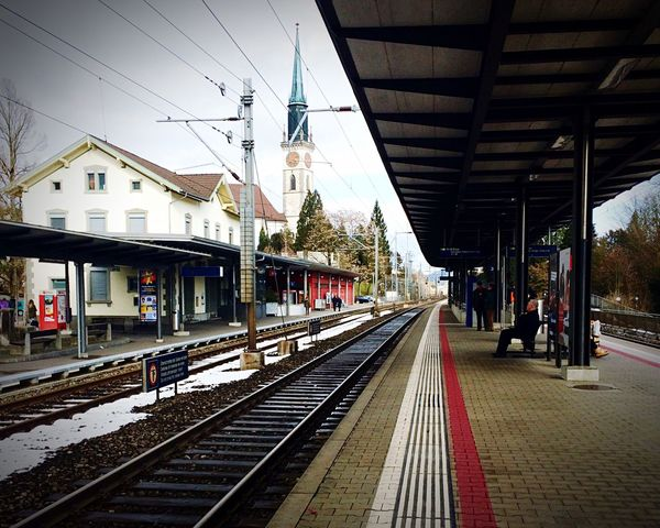 Switzerland Cham Train Station Platform Waiting For A Train Waiting Town Transportation Commuting