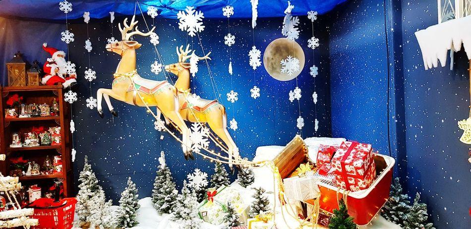 Ghiaccio Inverno 2017 Natale 2017 Architecture Natale  Neve Bianco Ghiaccio Nature Blue Freddo Natale  Christmas Luci Winter Renne Regali Pacchi Slittadibabbonatale Slitta 2017