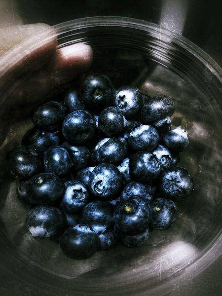 Голубика зимой Fresh свежаяягода ягода голубика Москва красота Blueberry Berry Love Moscow Food Healthy Eating Food And Drink Freshness Indoors  High Angle View No People Day