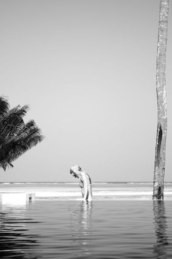 Water and sky Blackandwhite Black & White Monochrome Sea Sky Simplicity Hanging Out Freedom Zanzibar People Peaceful Monochrome Photography