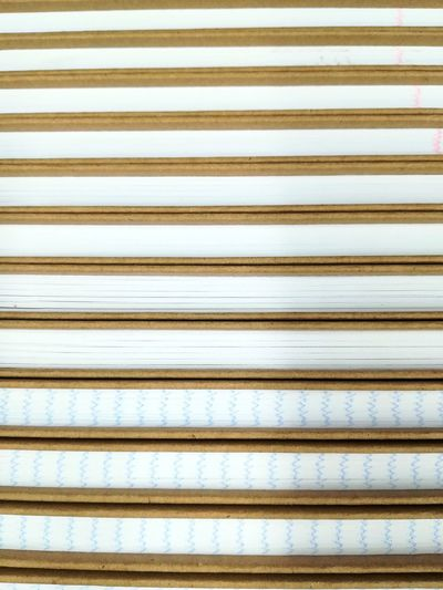 Schreibblock Hefte Pattern Muster No People Schule Heft Shapes And Forms Lines Lines&Design Close-up Close Up Hintergrund Schreiben Schreibblock Corrugated Iron Backgrounds Full Frame Textured  Pattern Striped Parallel Close-up Seamless Pattern LINE