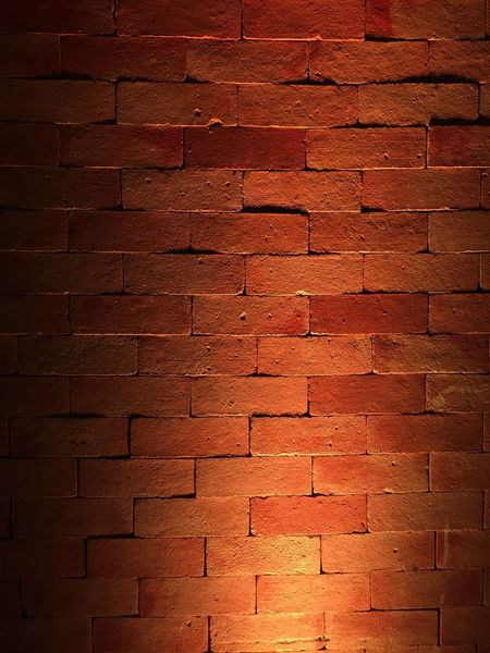 Light and bricks in some party Decoration Party Partydecorations Ilumination Light Light And Shadow Wall Brick Bricks Brickwall Lighting Lighting Decoration Lightingdesign Textures And Surfaces Texture