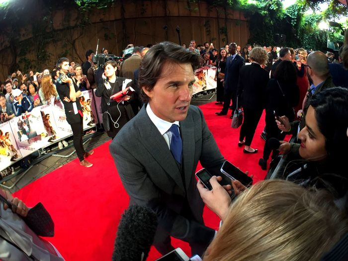 Hollywood Actor Tom Cruise being Interviewed on the Red Carpet at the Mission Impossible Rogue Nation MI5 Uk Premiere iPhone 6 Olloclip Activelens Ultrawide