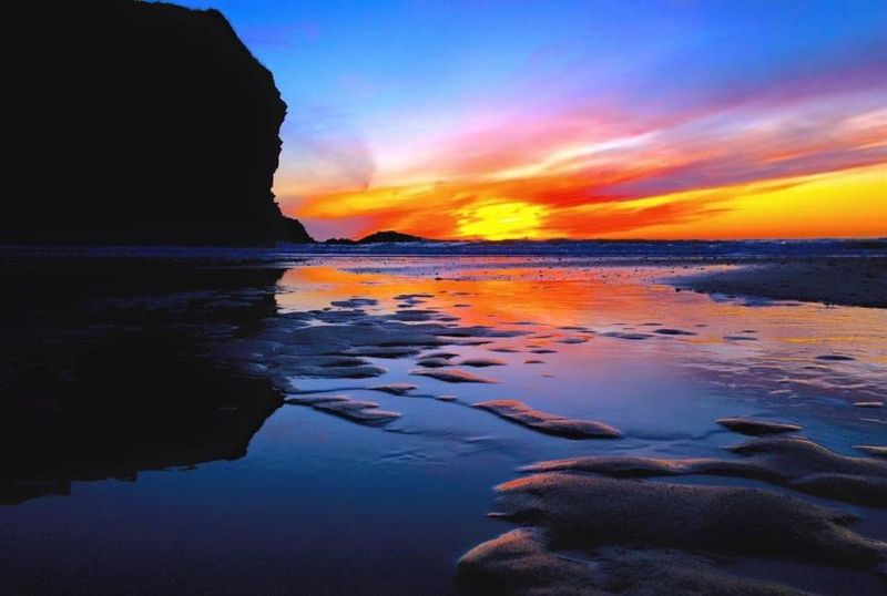 My Best Photo 2015 Sunset #sun #clouds #skylovers #sky #nature #beautifulinnature #naturalbeauty #photography #landscape Beachphotography Photography EyeEm Best Shots - Sunsets + Sunrise DSLR West Wales