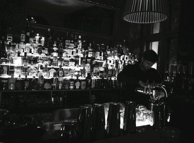 Day 332 - Meetup Night Berlin Bar Night Monochrome Photography Drink Meetup Blackandwhite 365project 365florianmski Day332
