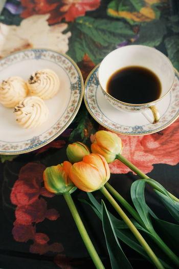 coffee break Coffee Coffee Cup Flowers Flower Head Tulips Drink Tea - Hot Drink Flower Table Close-up Food And Drink Tea Cup Black Coffee Black Tea Tea