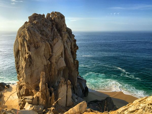 Hello World Check This Out Enjoying Life Person Eye4photography  Perspective EyeEm Gallery Lucky Me EyeEm Beautiful Beautiful Nature Cabo San Lucas Ocean Ocean View Rock Formation Rocks Rock Climbing Top Of The Rock Top Of The World Amazing EyeEm Masterclass