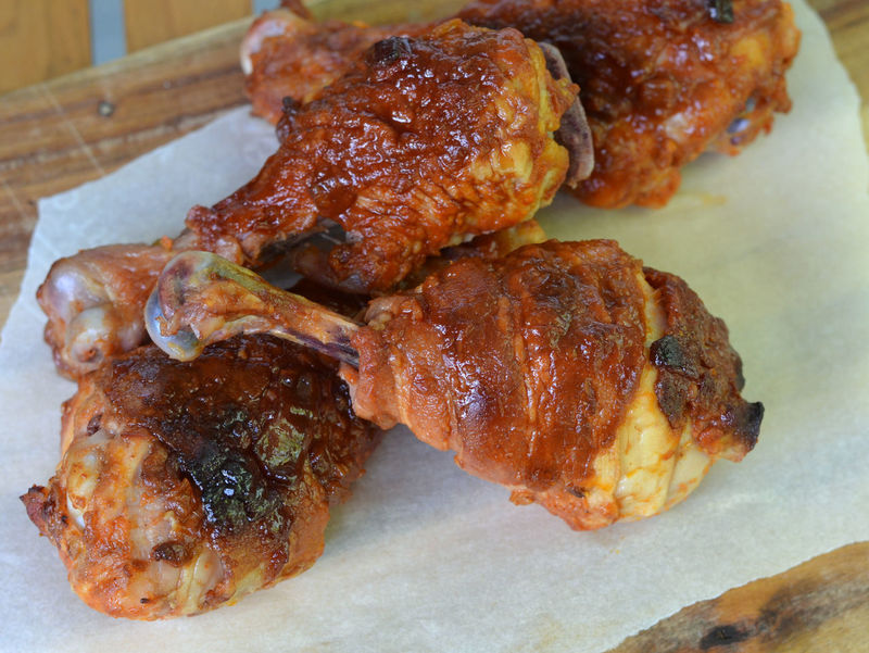 Close up of Grilled Bacon Wrapped Drumsticks: selective focus, viewed from above Atkin's BBQ Chicken Diet Keto Ready To Eat Bacon Bacon Wrapped Baked Barbecue Barbeque Close Up Cooked Dark Meat Drum Stick Drumsticks Finger Food Food Grilled Ketogenic Ketogenic Diet Food Low Carb Food Low Carbohydrate Meat Selective Focus