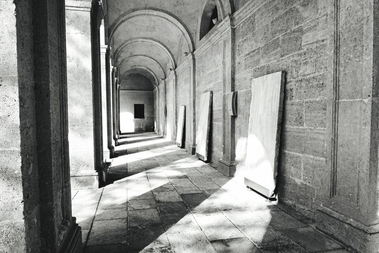 Almería Claustro Luces Y Sombras Blancoynegro Columns Arquitecture Arquitectura Sunlight Corridor Shadow Architecture Built Structure