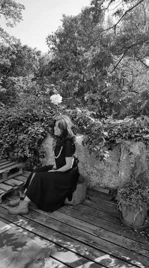 1/2 Posando Para La Foto Mi Hija ❤❤ ❤ The Portraitist - 2016 EyeEm Awards Women Of EyeEm Woman Who Inspire You Woman Portrait Bnw_captures Bnw Photography Bnwportrait Capture The Moment