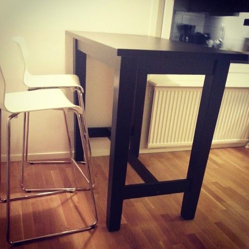 My new chicken bar... I mean kitchen bar is finally done :D Bor ås Vivalaikea Something Blabla