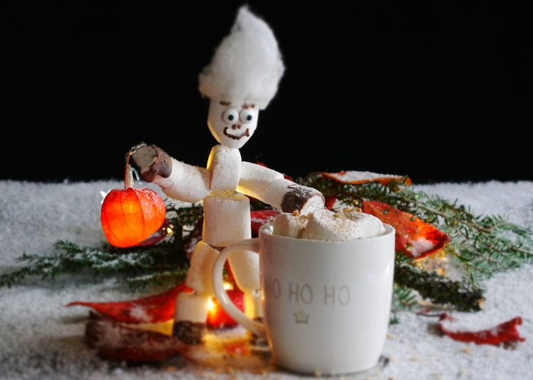 Celebrations Childhhood Christmas Christmas Decoration Close-up Cozy Time Cup Day Freshness Gooseberry Illuminated Indoors  Marshmellow Man Marshmellows  No People Sweet Food