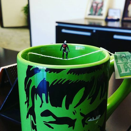 To all of the coffee drinkers in the office, Antman prefers tea so he can walk the tea bag like a tightrope. I bet coffee isn't this much fun. 😂😂 Officespace JANTMANuary Antman AvengersAssemble Hulk Greentea