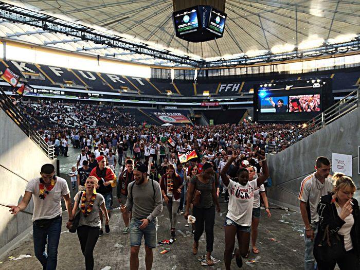 Nach erfolgreichem Spiel gegen die USA Soccer Fans Publicviewing Frankfurt