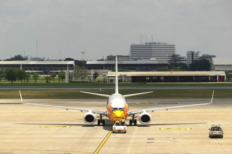Bangkok, THAILAND - April 14, 2017 : Nok Air on taxi runway at Don Mueang International Airport on April 14, 2017. Nok Air is a major domestic low-cost airline in Thailand. Air Vehicle Airplane Airplane Background Airplane News Airport Airport Runway Architecture Backgrounds Commercial Airplane Day Mode Of Transport News News Airplane No People Nok Air Outdoors Runway Sky Thai Airline Thai Fight Transportation นกแอร์