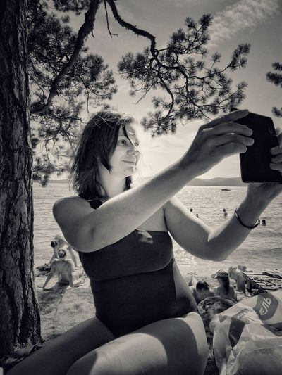 Selfie Human Hand Young Women Women Beach Sky Close-up