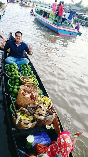 Banjarmasin Explorebanjarmasin Floatingmarket Lokbaintan Workingout Saturday Happy Time Kalimantan Barat