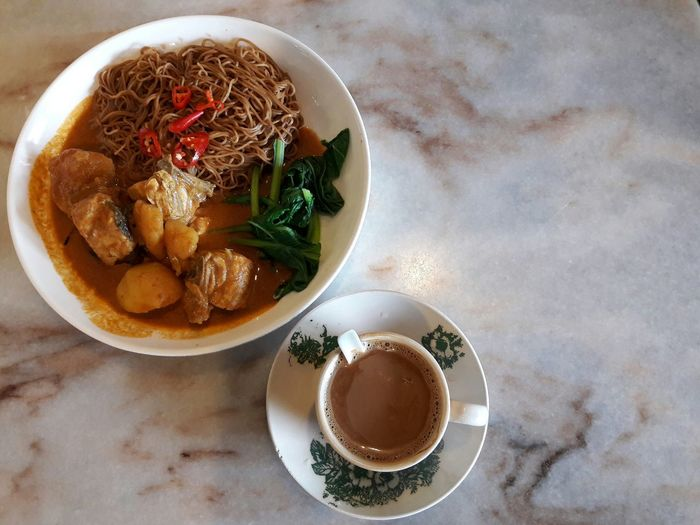 Chicken Curry Wantan Mee Healthy Eating Ready-to-eat Food Classic Retro Drink Cup Table Indoors  Close-up Coffee White Coffee Porcelain Cup Refreshment Beverages Hot Drink Chinese Cup Still Life Objects