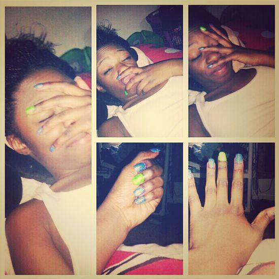 Supppp , peep My nails :)