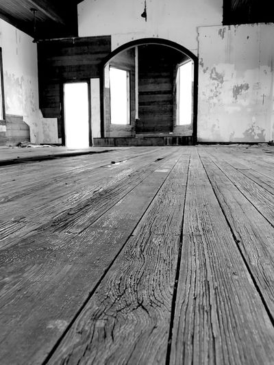 """Knee View"" Sometimes on your knees is the only place you can be. The sanctuary of the long abandoned Taiban, New Mexico Presbyterian Church, built in 1908. Architecture Wood - Material Indoors  Woodfloor Church Sanctuary  Onyourknees New Mexico Abandoned Places Abandoned Ghost Town Newmexicophotography Blackandwhite Black & White Blackandwhite Photography"