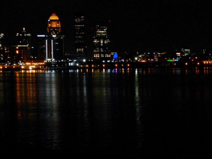 Skyline LouisvilleKentucky Cityscapes