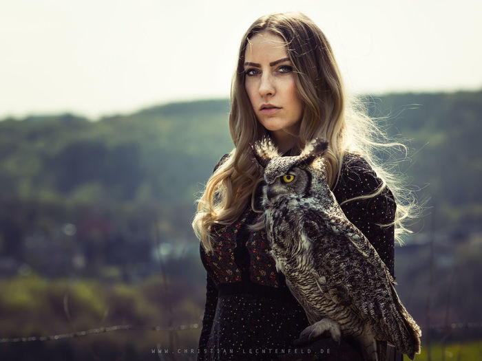 Owl Bird Photography Birds Of EyeEm  Woman Women Who Inspire You Adult Animal Animal Themes Animals Bird Birds Birds_collection First Eyeem Photo Girl Girls Hair Looking At Camera Nature One Person Owl Portrait Woman Portrait Woman Who Inspire You Women women around the world Women Of EyeEm EyeEmNewHere