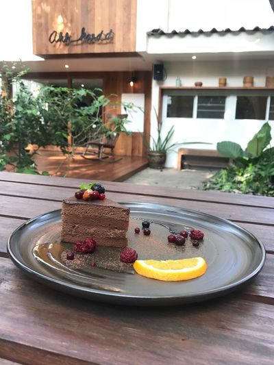 Mousse De Chocolate Moussecake Chocolate Plate Cake Table Sweet Food Indoors  No People Food And Drink Dessert Tree