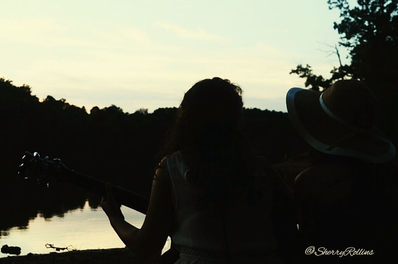Eyeemphotography EyeEm Nature Lover Eyem Best Shots Youth Of Today Relaxing Repicture Humanity Portrait Of America Nikon Dslr Eye4photography  Eyemphotography Mybestphoto2015 Water_collection Guitar Our Best Pics