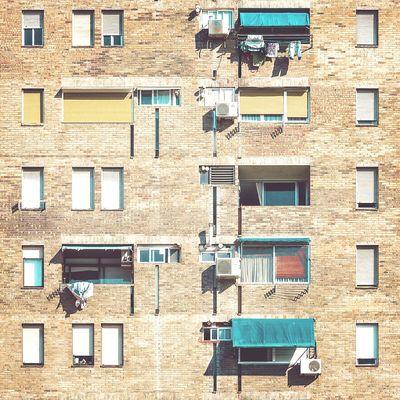 Brick guts | Agallas de ladrillo Architecture Straightfacade Window Urbanexploration