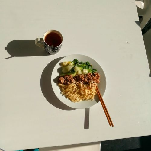 Breakfast ♥ Noodles Freshness Ready-to-eat Healthy Eating Quality Savory Food No People Food Indoors  Wineglass Drink Wine Table Salad Bowl Day Vegetables Photo Chopsticks★★★