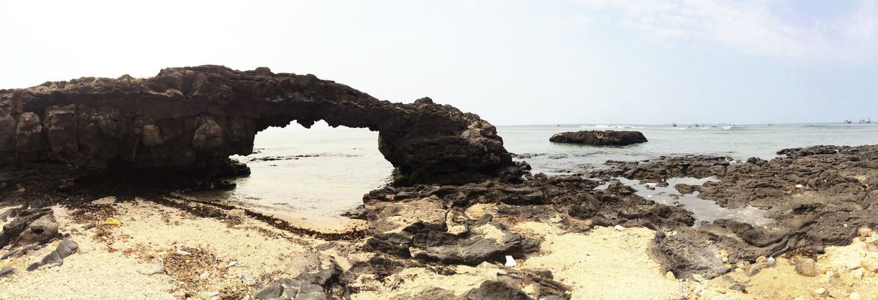 Sea And Sky Sea View Rock Check This Out Hanging Out Cheese! Relaxing Taking Photos Enjoying Life Vietnamese Sand Beachphotography Happy Time Vietnam Greatest Moment