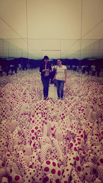 YayoiKusama Great Day  Samantha