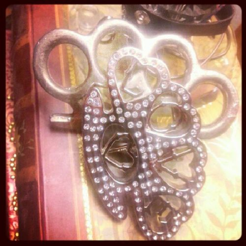 "Awe 《♥》 I found my ""Hisandhers "" Bloodyknuckles Beltbuckles ... that's Truromance right thurr! 《♡》"